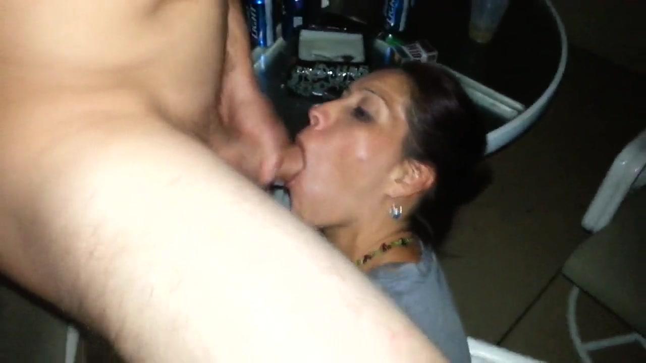 Amateur Friend Porn wife sucking cock of friend
